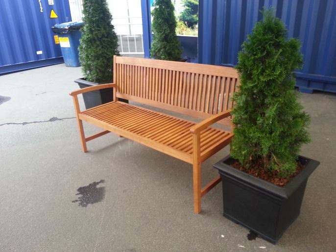 bancas y sillas plsticas para amoblameito urbano