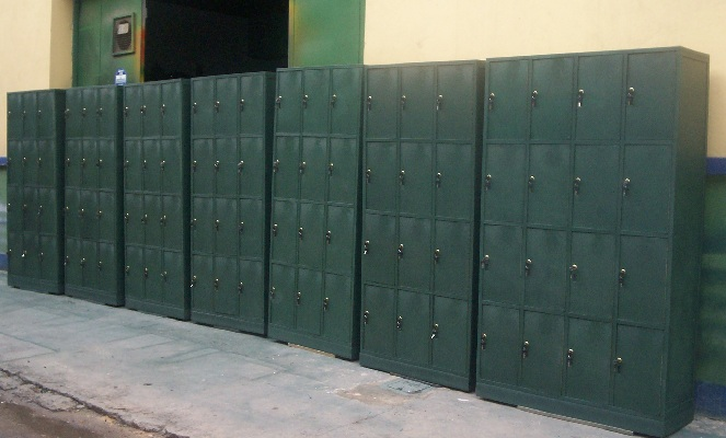 locker estándar normal típico común tradicional sencillo taquilla casilleros 76 corriente casillero taquillas uniforme de vestuario lockers casillero reglamentario metálicos o plástico 5 puertas Locker furniture, Locker room furniture, Locker furniture on sale, Kid's locker baby furniture, Sports locker furniture, Powell locker furniture, Locker bed, Wood locker, Metal locker desk, Locker keys, Replacement locker keys, Probe locker keys, Yakuza 3 locker keys locations, Office furniture keys, Probe locker locks, Armour lockers, Locker organizer, Locker organizer staples, Locker organizer Walmart, Locker accessories, Locker organization tips, Locker shelf, Staples, Walmart, Target, Locker organization, Locker organization ideas, Locker organization tips and tricks, School locker organization tips, Locker home organization, Locker shelving, Locker storage, Kid's lockers, Decorative lockers