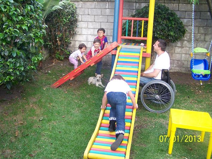 0 6 parques y juegos infantiles en plastico - Como hacer un parque infantil ...