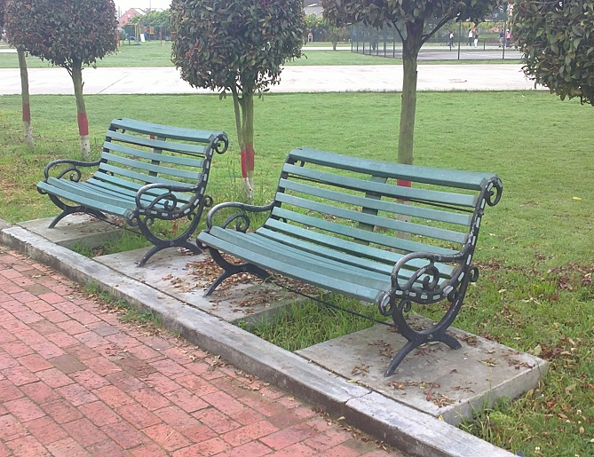 2 8 bancas y sillas pl sticas para amoblameito urbano